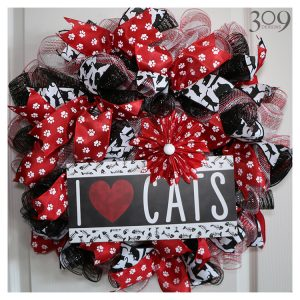 I Love Cats Wreath Pet-Themed Decor